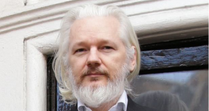 Ecuador poised to toss Julian Assange over the side