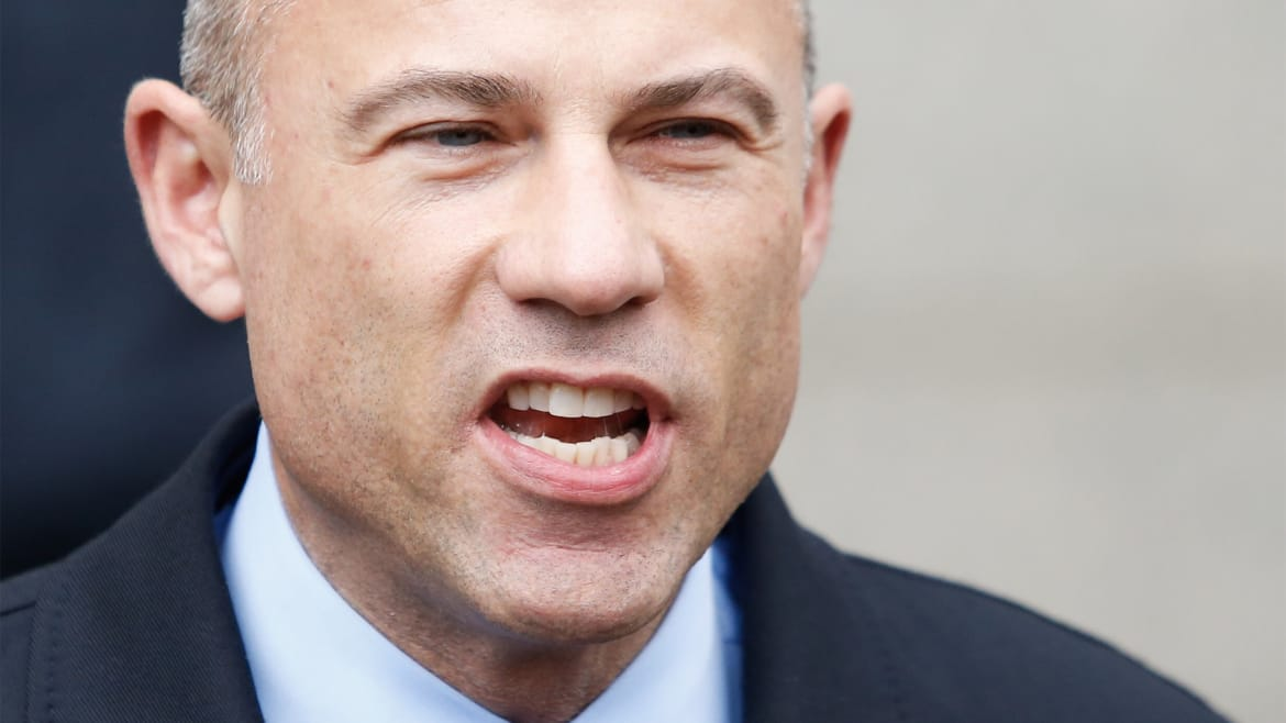 Judge Poised to Force Michael Avenatti to Open Books in Divorce Case (thedailybeast.com)