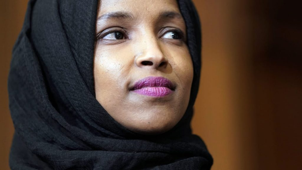 How the Ilhan Omar Marriage Smear Went From Fever Swamp to Trump (thedailybeast.com)