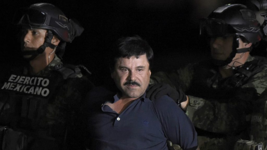 El Chapo Sentenced to Life in Prison for Running World's Largest Drug Empire (thedailybeast.com)