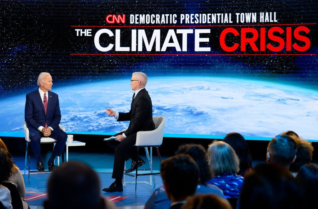 Joe Biden Finds Himself on Defensive at Climate Town Hall (nytimes.com)
