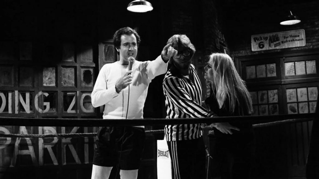 'I'm Not Choking Her!': Andy Kaufman and the Unlikely, Controversial Rise of Intergender Wrestling (thedailybeast.com)