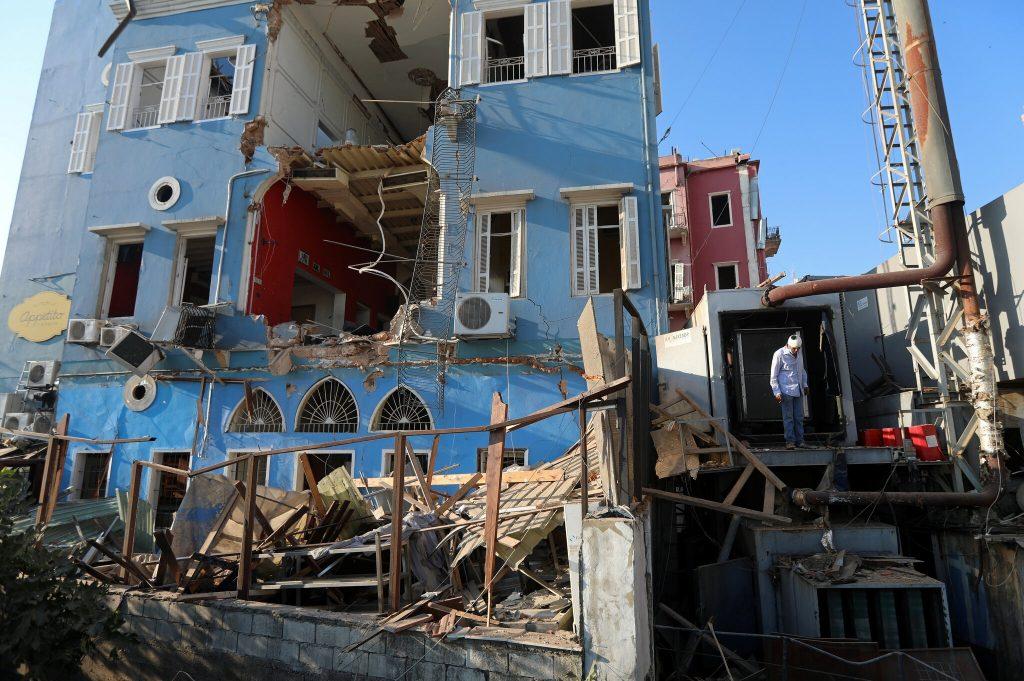 Gunfire rocks Beirut in protest over judge leading port blast inquiry (theguardian.com)