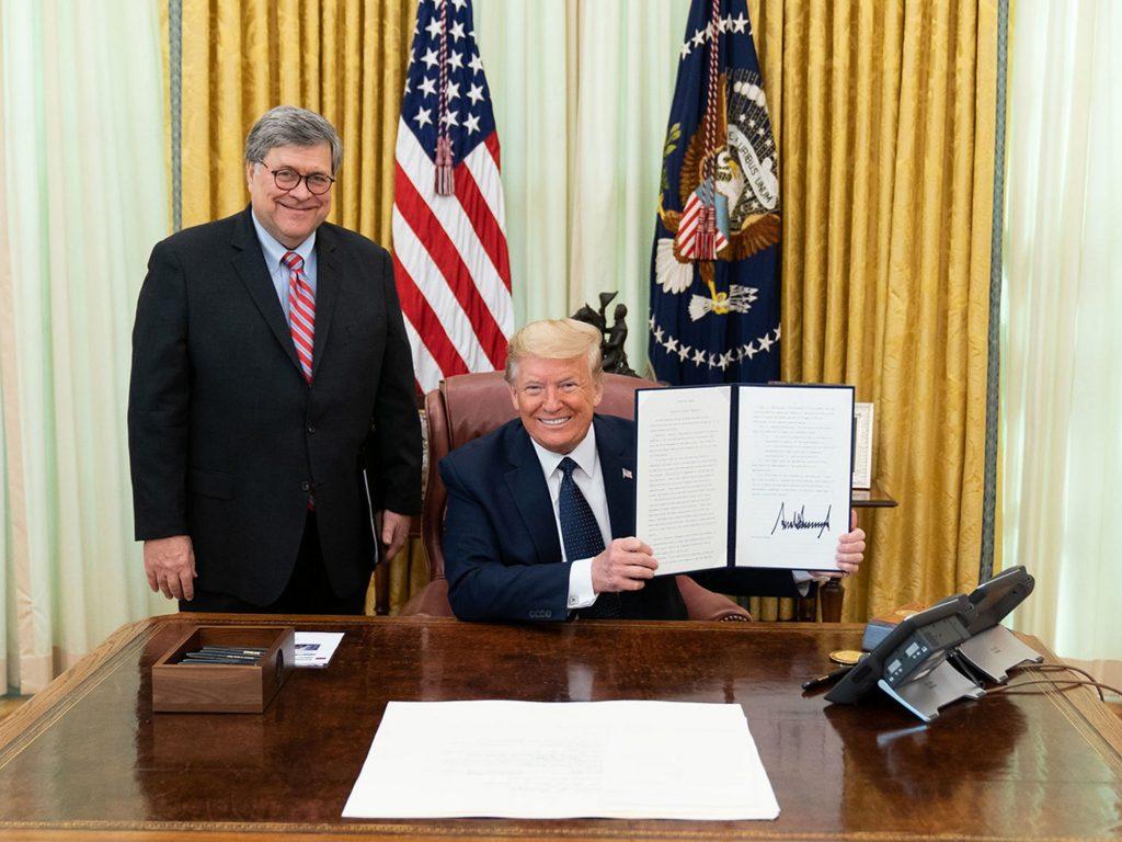 Sitting federal prosecutor says AG Barr has 'brought shame' and 'unprecedented politicization' to DOJ (alternet.org)