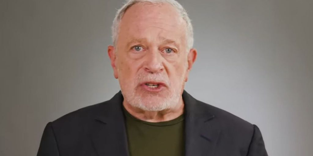 Robert Reich: The coming civil war caused by Trump's megalomaniacal ego (alternet.org)