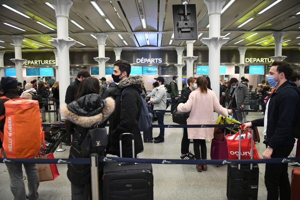 EU countries halt flights from Britain as new virus strain spreads (rawstory.com)