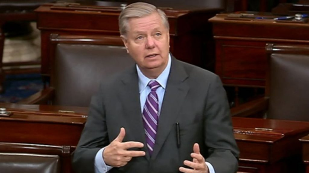 Experts slam 'historically loathsome' Lindsey Graham for urging Schumer to 'dismiss' impeachment (alternet.org)