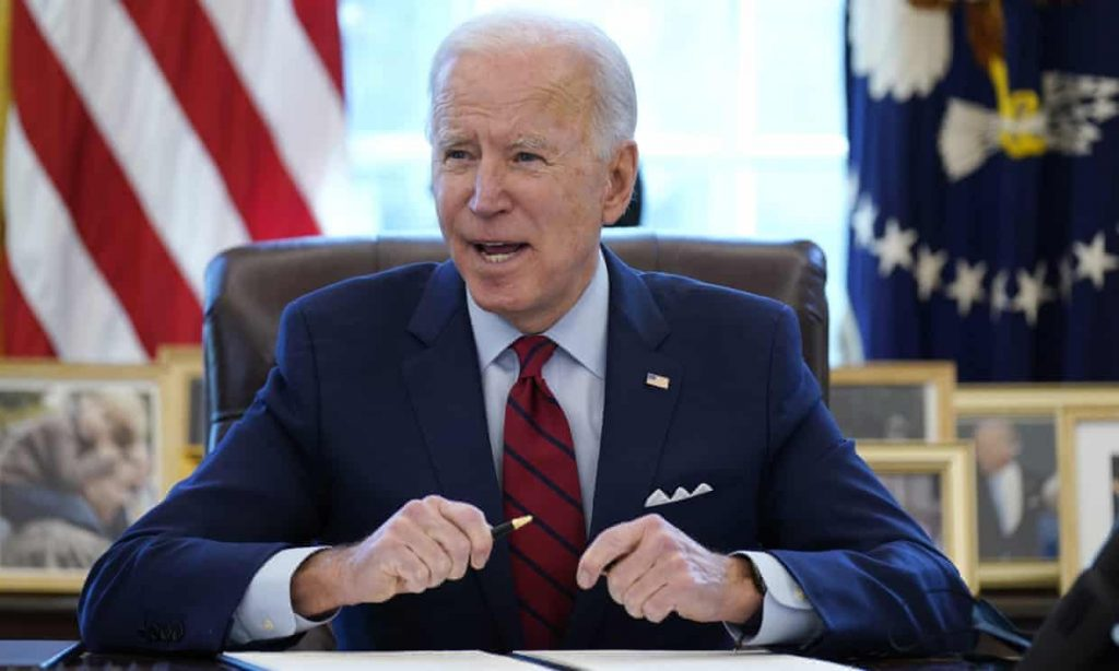 President Biden Signs Executive Order Protecting And Expanding Access To Voting (politicususa.com)