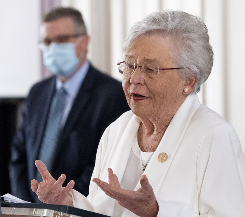 Alabama governor says it's time to blame unvaccinated for COVID rise (cbsnews.com)