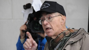 Warning of 'III%' militia plot, fueled by March 4 conspiracy theories, induces House to shut down (feeds.dailykosmedia.com)