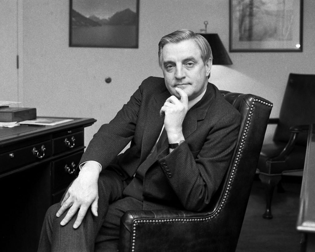 Walter Mondale, Ex-Vice President and Champion of Liberal Politics, Dies at 93 (nytimes.com)