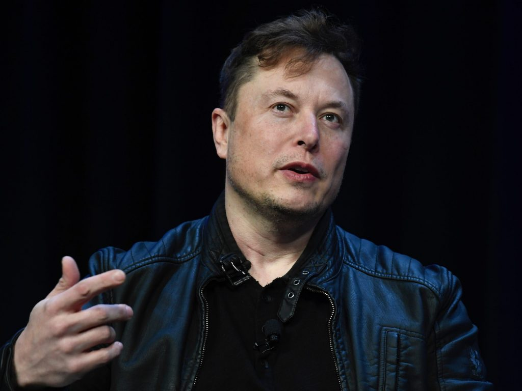 Elon Musk says Starlink will need up to $30 billion to survive. 'If we succeed in not going bankrupt, then that'll be great.' (businessinsider.com)