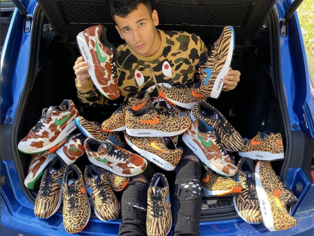 SNEAKER RESELLING SIDE HUSTLE: Your guide to making thousands flipping hyped pairs of Dunks, Jordans, and Yeezys (businessinsider.com)