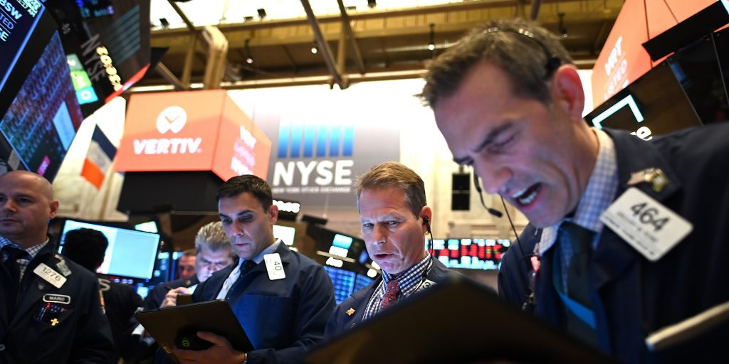 Global shares rally slows down as investors await US private-sector jobs data; gold tumbles while oil regains strength (markets.businessinsider.com)