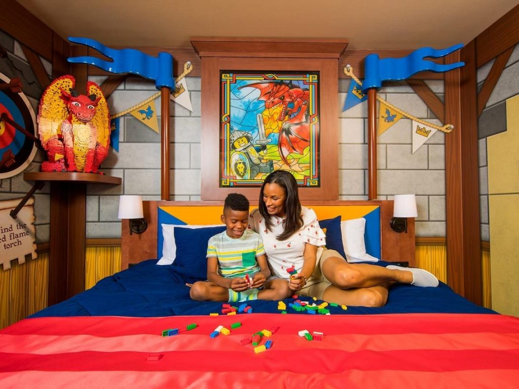 14 of the best hotels for families in the US with kid-friendly perks like waterparks and popsicle hotlines (businessinsider.com)