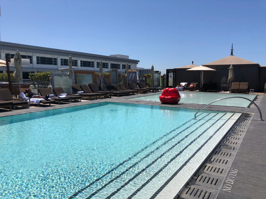 I used ResortPass to book affordable poolside day-cations at luxury hotels – here's why I'll be using it all summer (businessinsider.com)