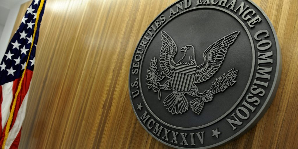 The SEC charged 6 people operating a Silicon Valley insider trading ring that made nearly $2 million (markets.businessinsider.com)