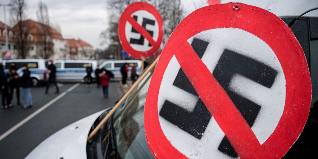 Austrian soldier imprisoned for sharing photos of the swastika tattooed on his testicle (businessinsider.com)