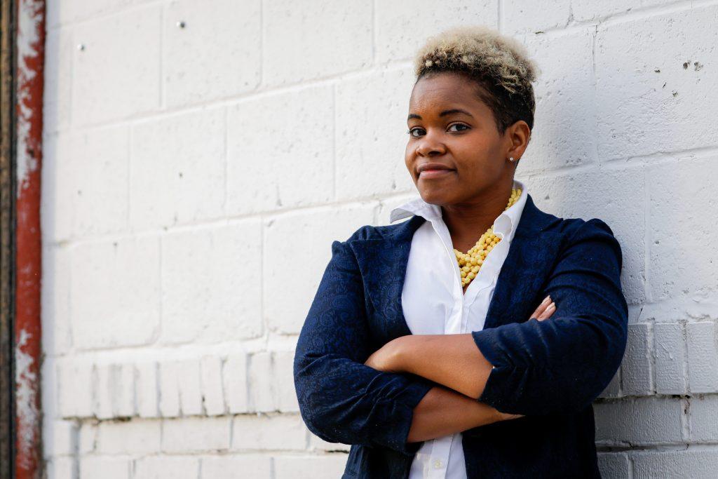 Meet India Walton, the socialist who upset Buffalo's longterm mayor in a stunning primary victory (businessinsider.com)