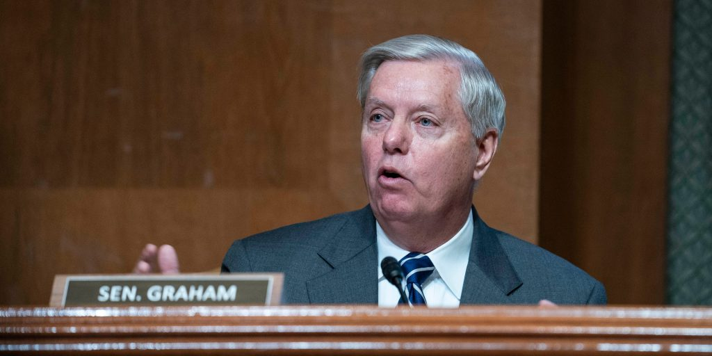 Lindsey Graham says Biden made the GOP 'look like a f—ing idiot' after he tied a bipartisan infrastructure deal to a larger spending package (businessinsider.com)