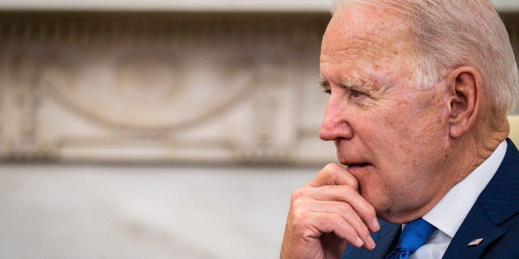 Biden walks back remarks, says he didn't mean to threaten to veto the bipartisan infrastructure bill (businessinsider.com)