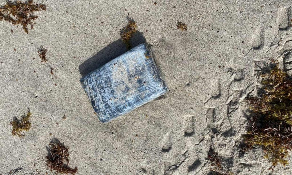Mysterious packages washed ashore at Cape Canaveral turn out to be cocaine (theguardian.com)
