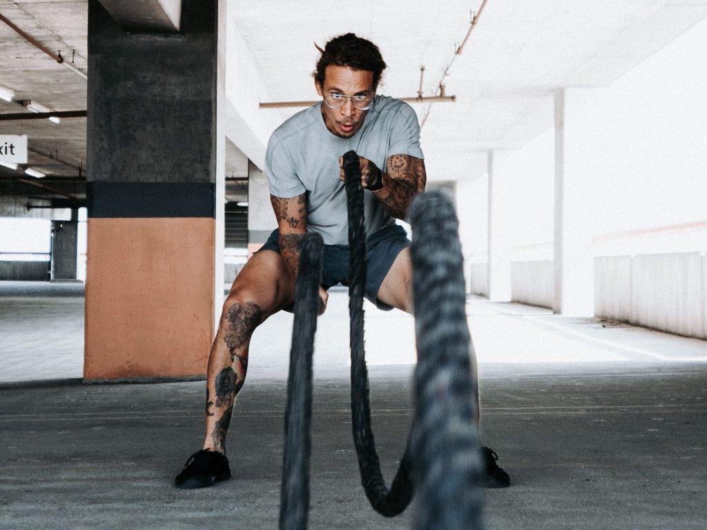 The 6 best men's workout shirts of 2021 (businessinsider.com)