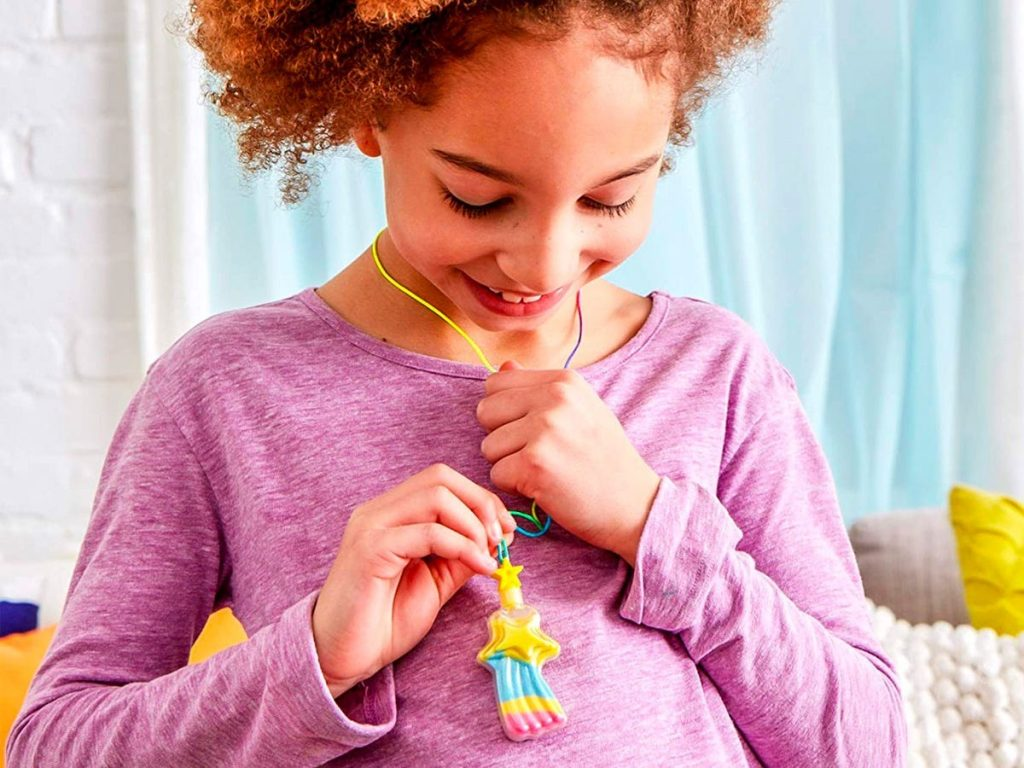 7 DIY kits for kids of all ages on Amazon (businessinsider.com)