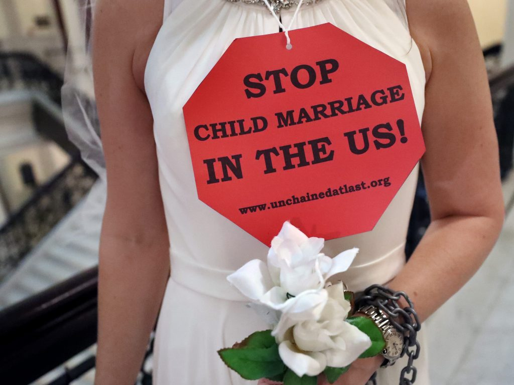 We are lawmakers from 5 states that finally put an end to child marriage. It's past time for the other 45 US states to follow our lead. (businessinsider.com)
