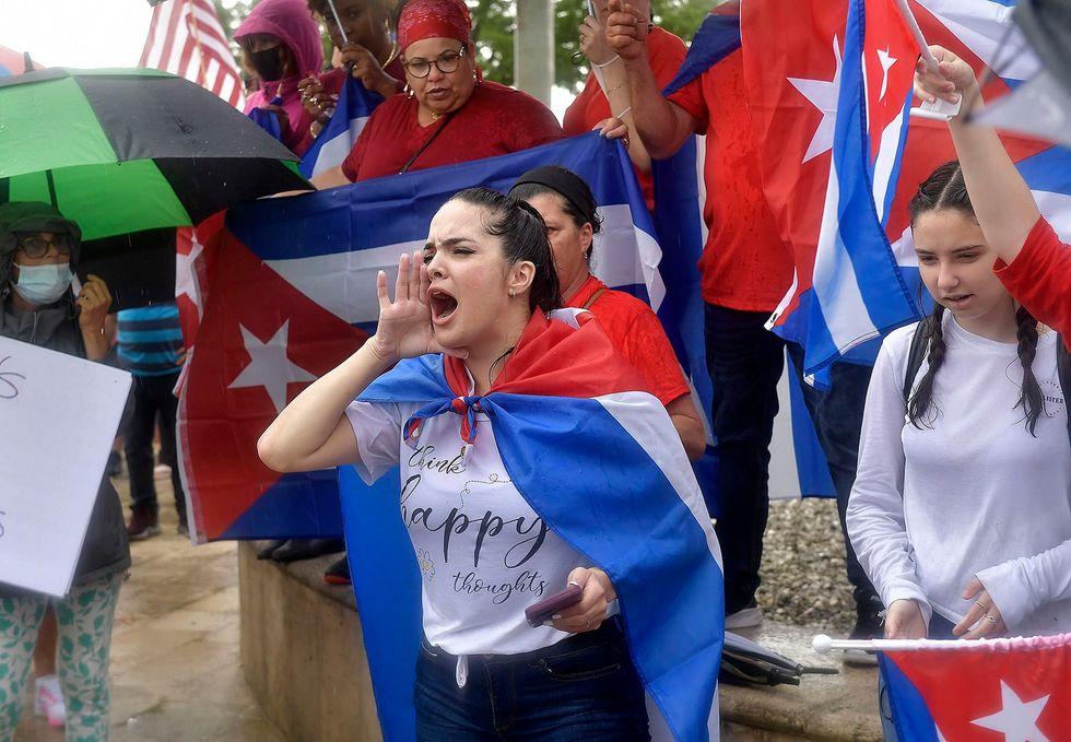 Miami Democrats, progressives and Black Lives Matter torn on Cuba protests response (rawstory.com)