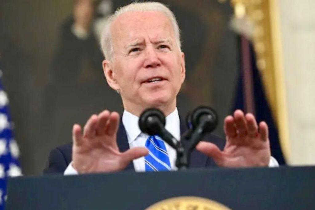 Calling US inflation 'temporary,' Biden pushes more spending (rawstory.com)