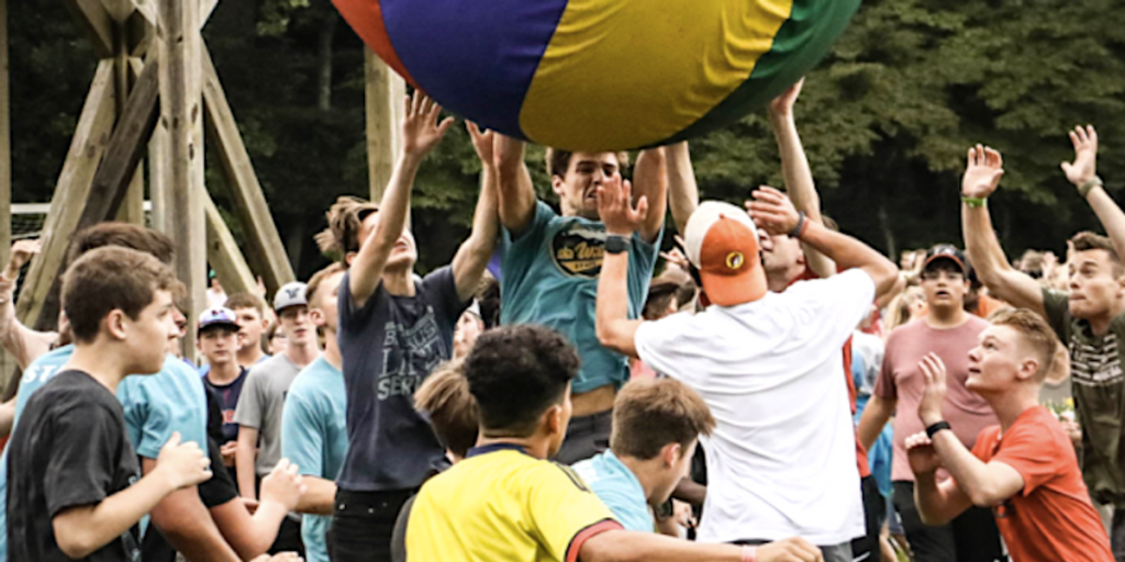 Christian summer camp turns into 17-state Covid superspreader (rawstory.com)