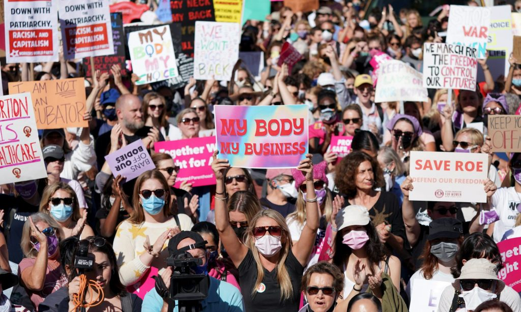 Supreme Court Rocked As Thousands March To Their Steps Demanding Abortion Justice (politicususa.com)